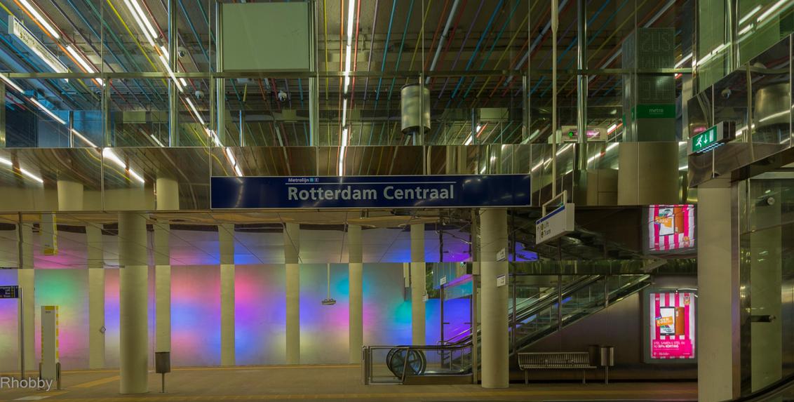 Rob wander fotografie kameraexpreszo.nl metrostation-rotterdam-cs keznl architectuurfotografie